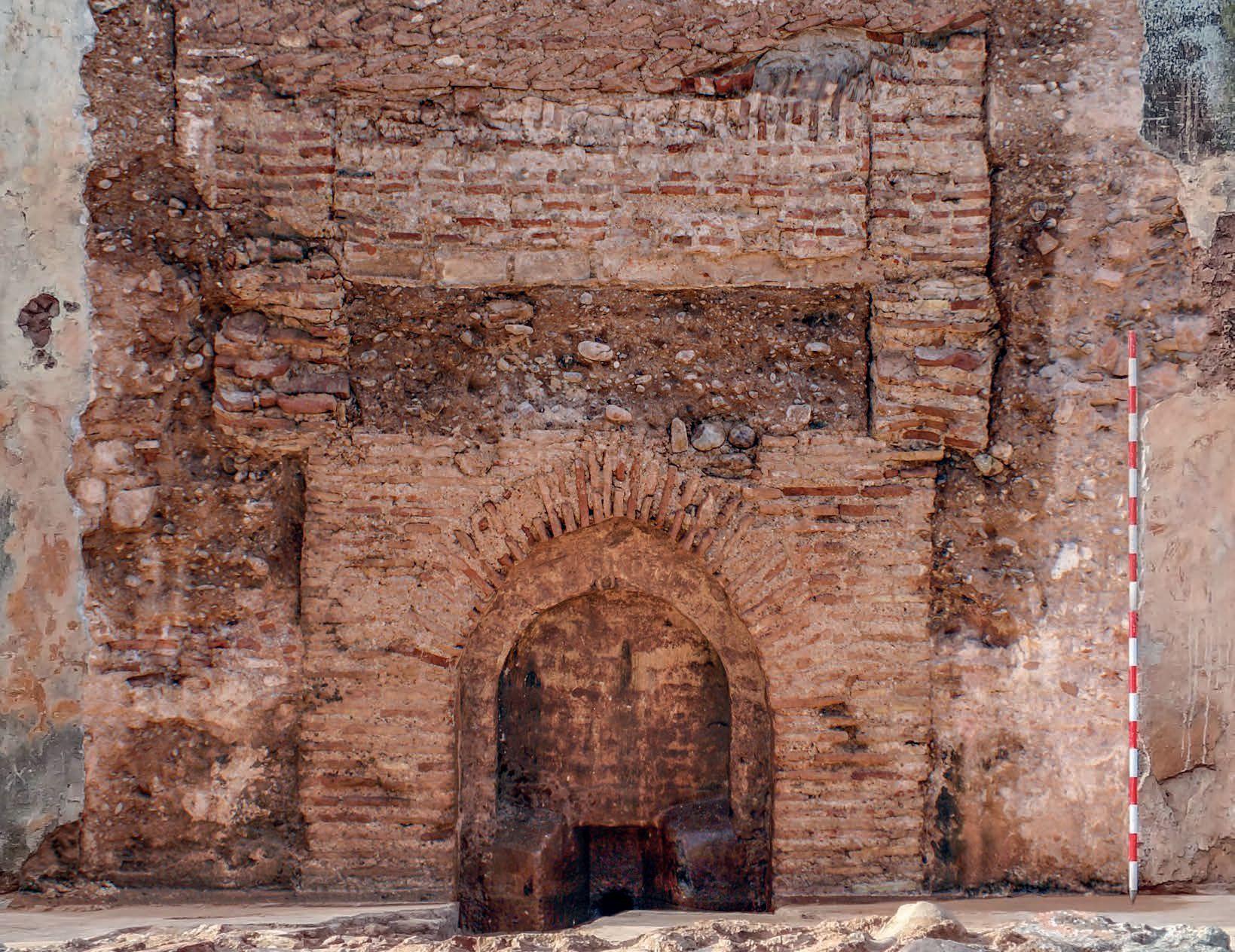 Agdal de Marrakech. Alberca de Dar al-Hana. Alzado de la embocadura oriental del frente norte del vaso de la alberca.